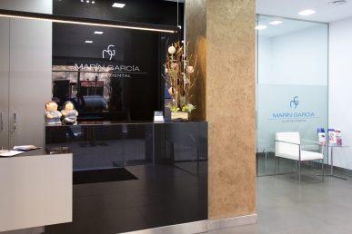 primera visita a la clínica dental en Barcelona Marín García